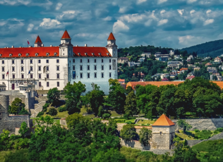 How to Recruit in Slovakia