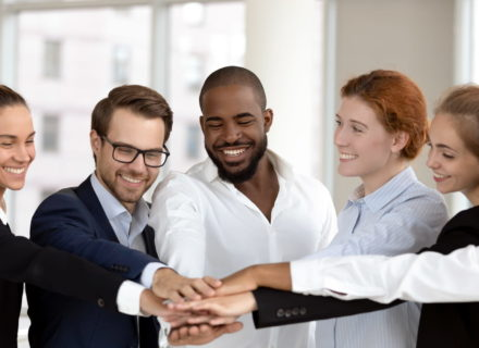 6 Awesome Team Building Activities